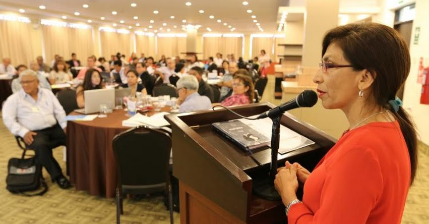 SINEACE certificó a expertos en estándares de calidad - www.sineace.gob.pe
