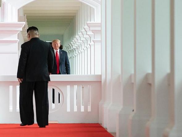 Historic-moments-Donald-Trump-Kim-Jong-Un-summit-Singapore-03