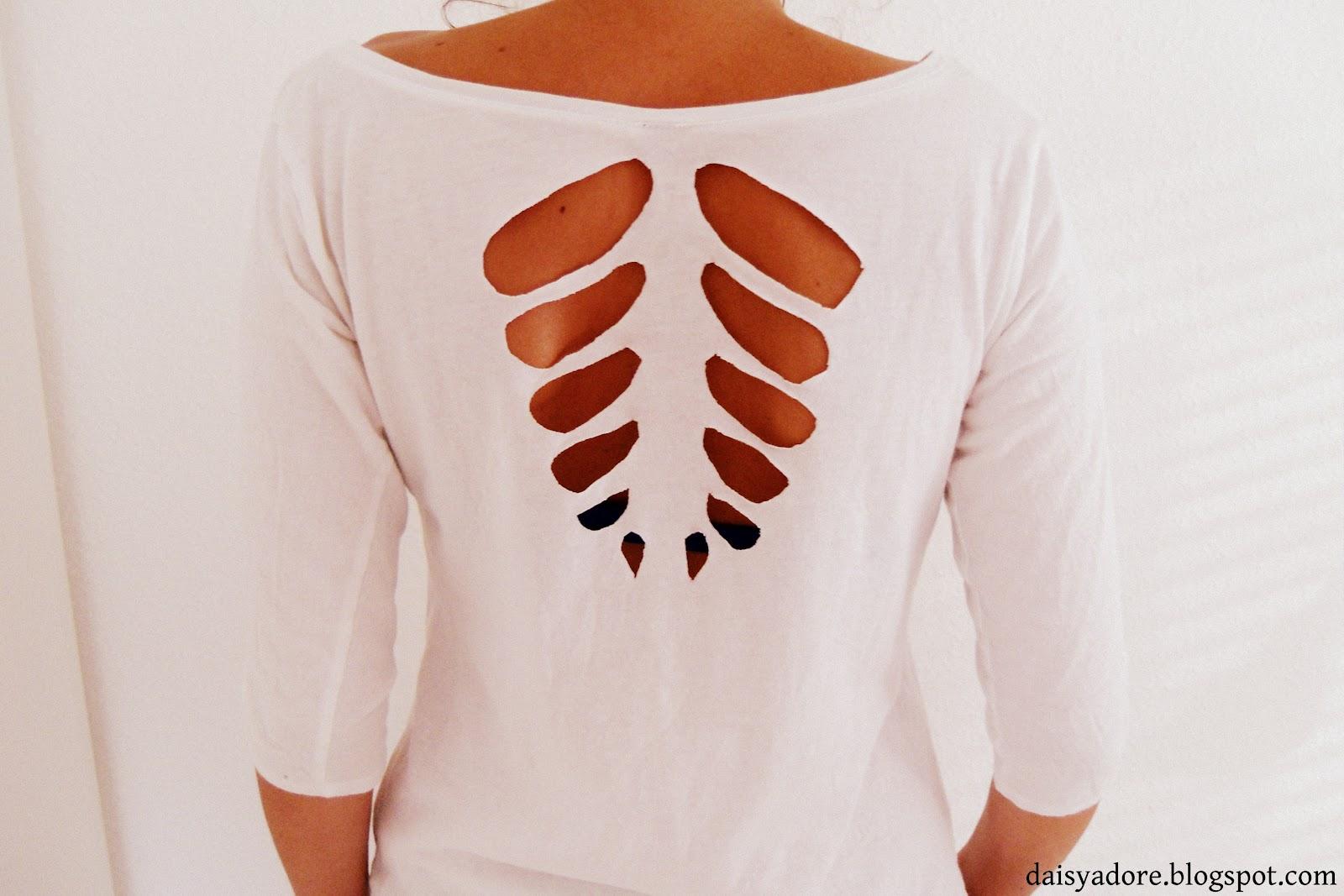 Beliebt Bevorzugt daisyadore: Tutorial DIY- Cut Out Shirt &MB_79