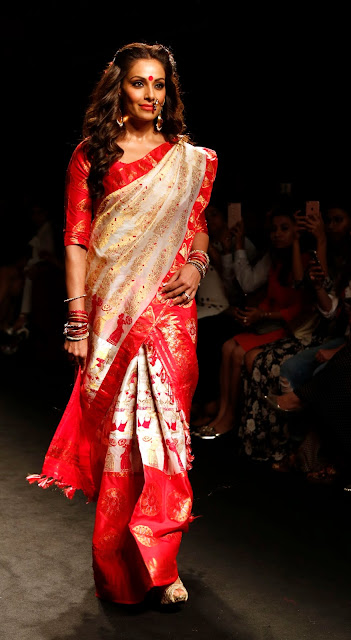 Bipasha Basu at Lakme Fashion Week 2016