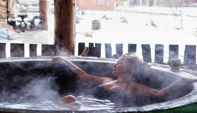 Ένα ζεστό μπάνιο καίει τις ίδιες θερμίδες με τη γυμναστική