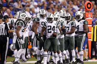http://cdn.fansided.com/wp-content/blogs.dir/210/files/2015/09/darrelle-revis-nfl-new-york-jets-indianapolis-colts-850x560.jpg