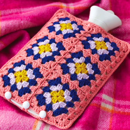 Crochet hot water bottle cosy, granny squares | Happy in Red
