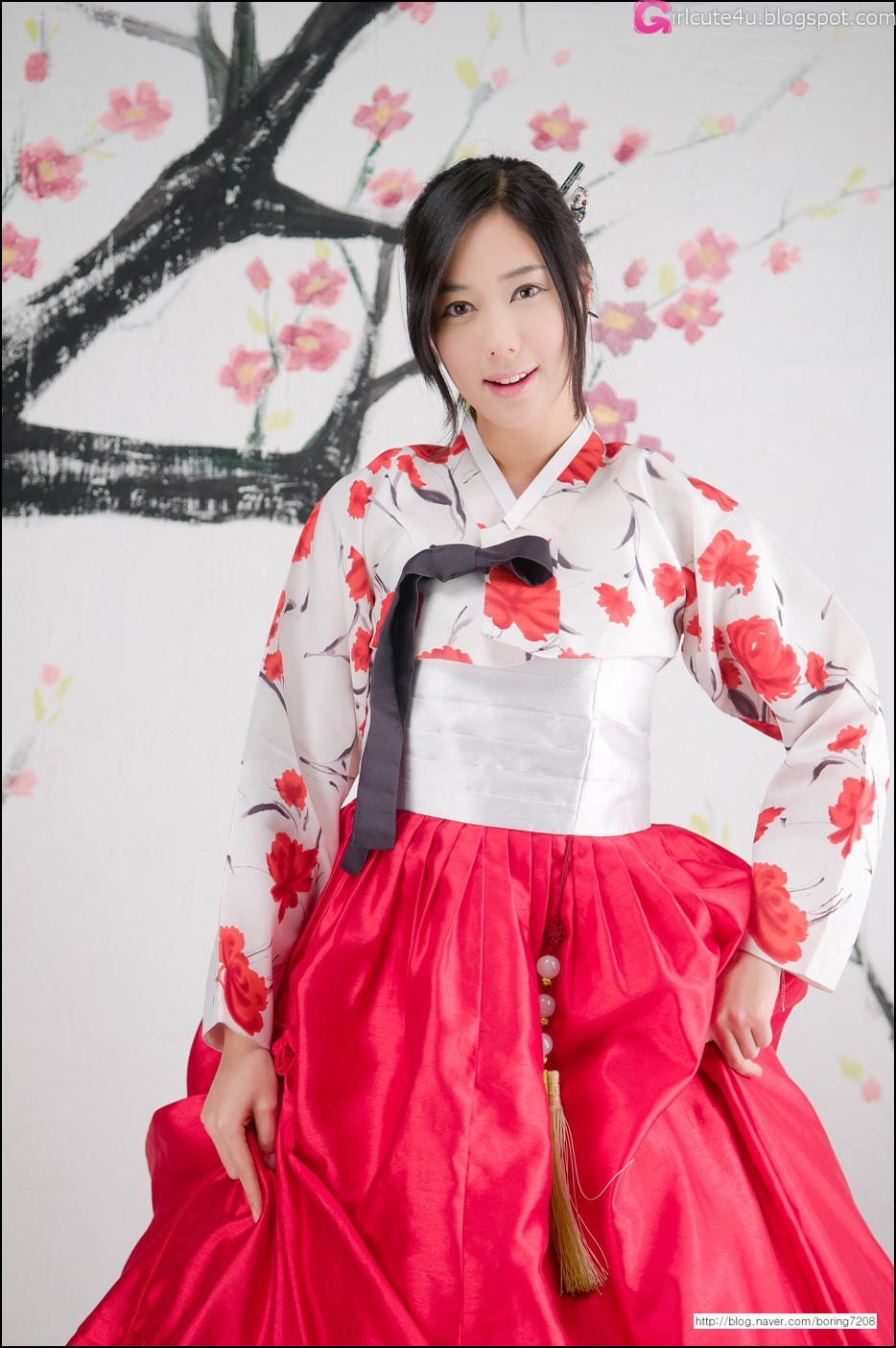 xxx nude girls: Kim Ha Yul - Ruffle Mini Dress