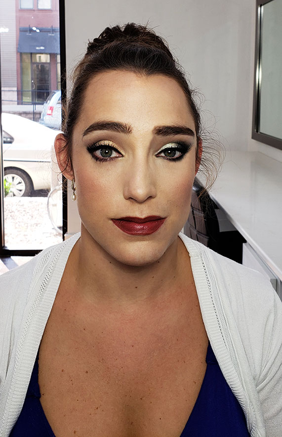 We Tried Out A Silver Smokey Eye And Gold Softer Smoke On Her Eyes Which Side Do You Like Better Atlanta Makeup Artist