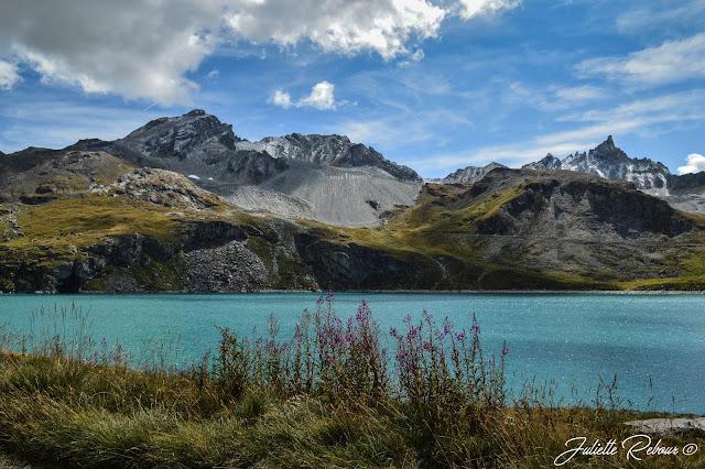Lac de la Sassière, Tignes-Val d'Isère