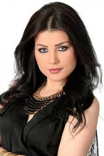 حنان الخضر (Hanane El khader)، مغنية مغربية