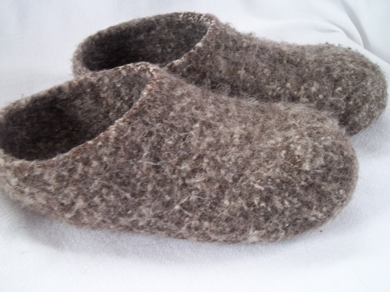 c6676dc6db3 Pilgrim Poetry: Knit Felt Slippers for Adults
