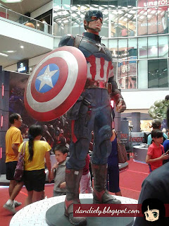 Exhibit | Life-Size Statues of Marvel's Avengers: Age of Ultron at SM City North EDSA - Captain America
