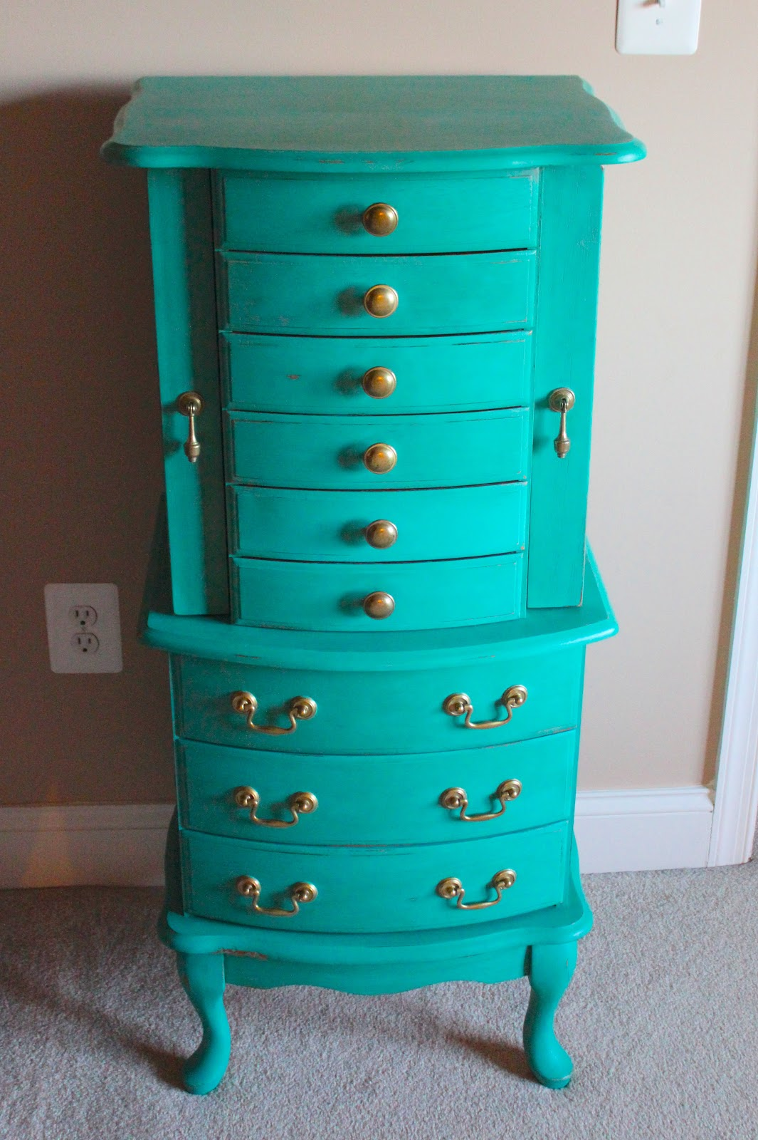 House of FabForLess: Turquoise Jewelry Armoire!