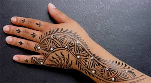 latest-pattern-of-traditional-african-mehndi-designs-for-hands-for-girls-4