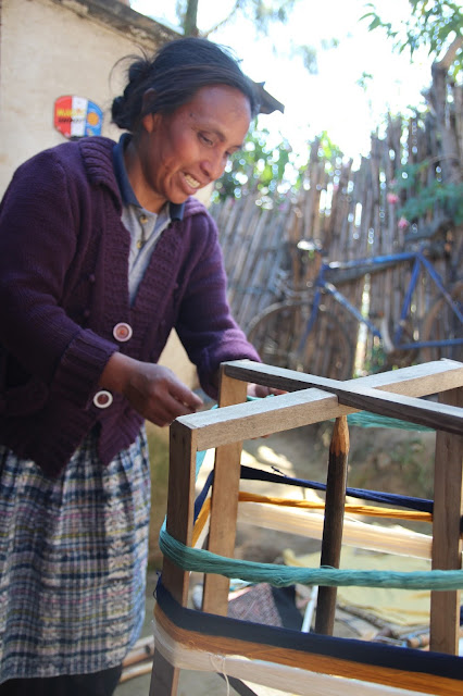 weaving association guatemala