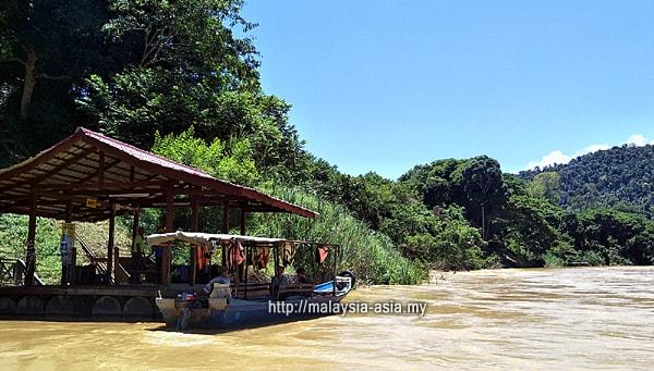 Boat Ride at Taman Negara