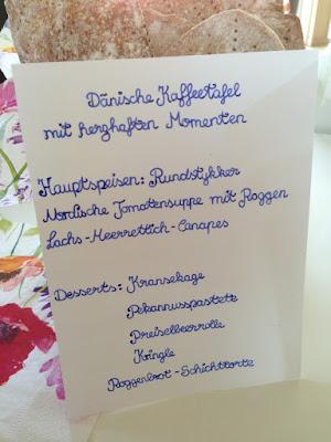 Dänische Kafeetafel auf Kegnaes in Dänemark/ Visual Vest