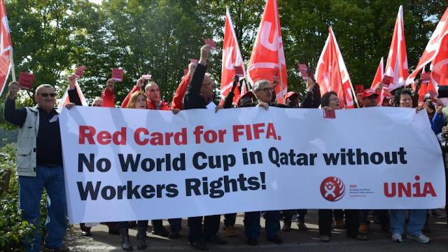 Demandan a FIFA por su complicidad en abuso de obreros en Catar