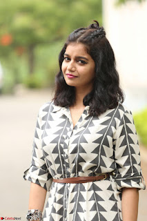 Swathi Reddy Looks super cute at London Babulu theatrical trailer launch ~  Exclusive 016.JPG