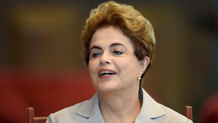 Auditores brasileños exculpan a Rousseff de maniobras fiscales