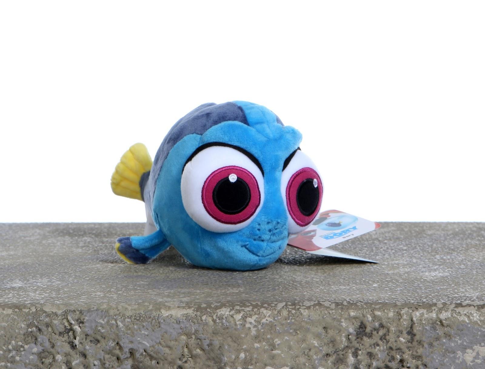 dan the pixar fan finding dory disney store baby dory plush