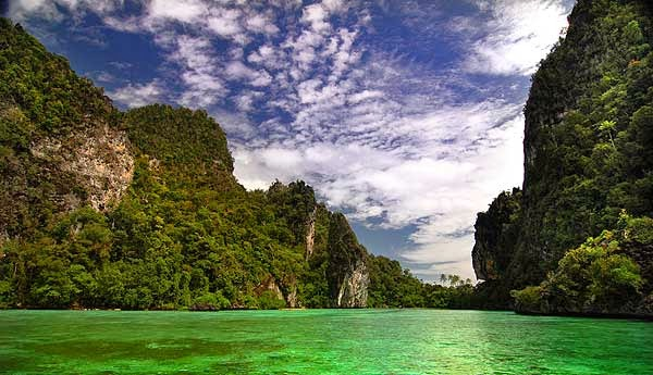 danau sentani wisata papua
