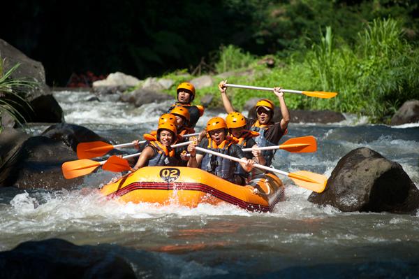 Paket rafting arum jeram di Bali | Paket Wisata Aktifitas Bali