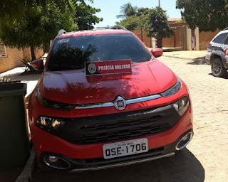 Polícia Militar recupera, na zona rural de Bom Sucesso, veículo roubado na PB-325 próximo a Jericó