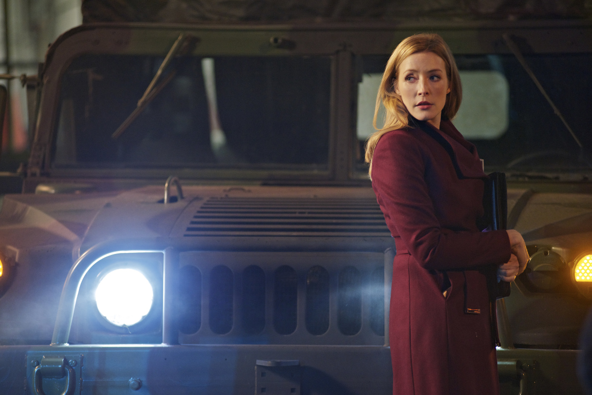 Jennifer Finnigan en una escena de Salvation, CBS