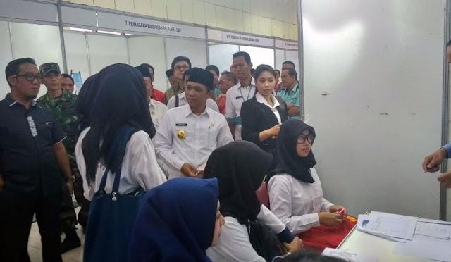 Job Market Fair 2018 yang digelar oleh Disnaker Lumajang