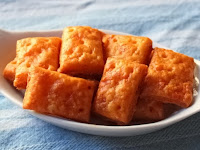 Cheesy Crackers – The Simple Joy of Homemade Crackers