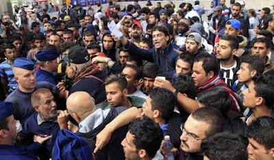 Quase metade de abusos sexuais na Europa são causadas por refugiados muçulmanos e as vítimas são crianças