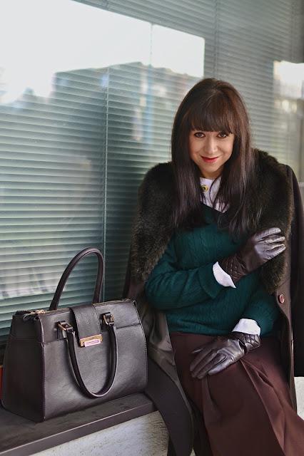 ČO DNES NOSÍM DO PRÁCE (BIZNIS LOOK)_Katharine-fashion is beautiful_Biela košeľa_Katarína Jakubčová_Fashion blogger