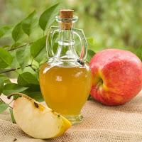 Vinaigre de pomme, miel et sirop de cannelle