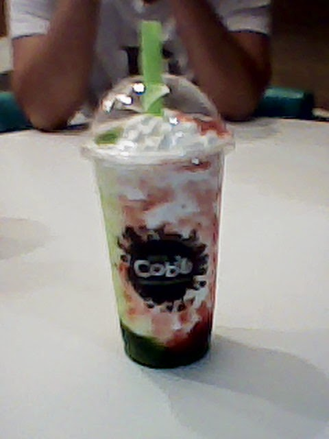 Awesome Cobo Milk Tea Berry + Kiwi Strawberry Cream