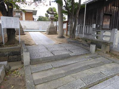 堤根神社(つつみねじんじゃ)両村橋