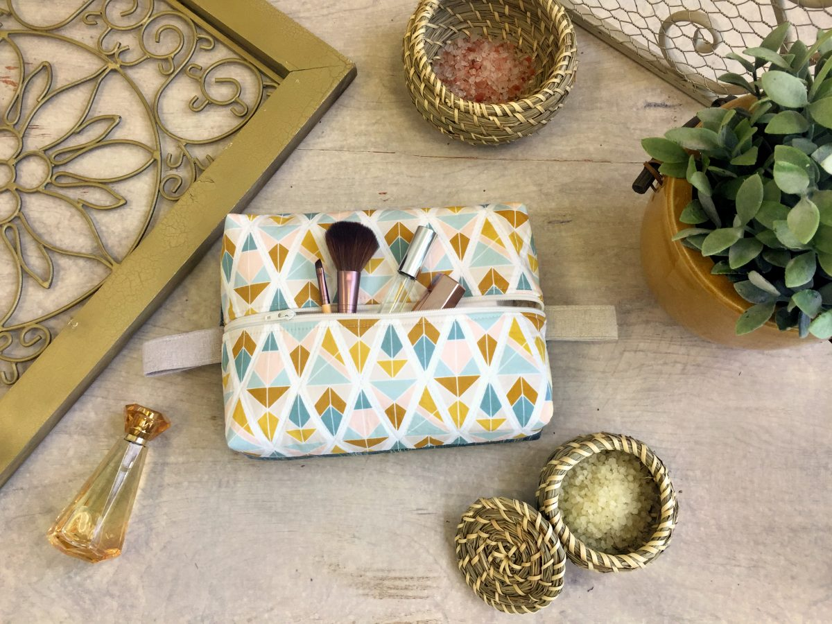 Boxy Travel Pouch DIY Tutorial. How to Sew