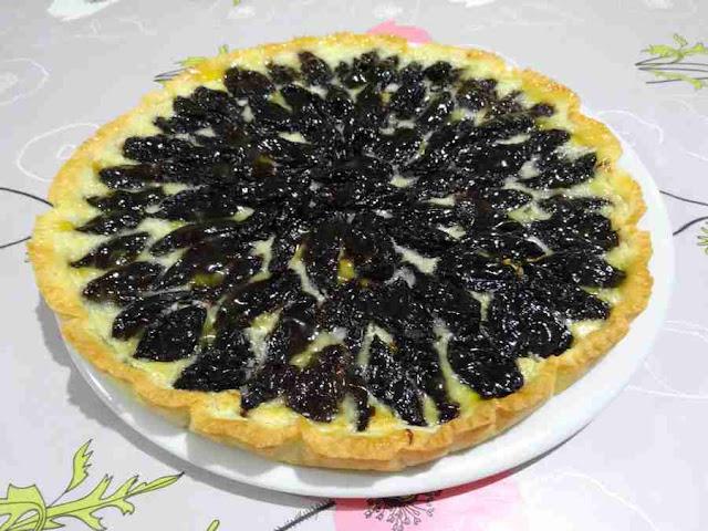 pâtisserie dessert tarte fondante aux pruneaux d'agen