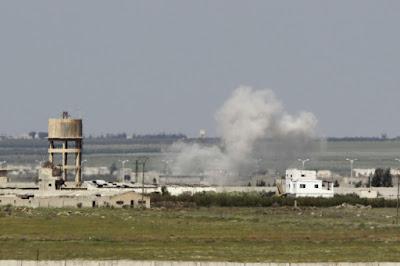Syrie: 23 morts dans un attentat kamikaze près de la frontière jordanienne dans - ECLAIRAGE - REFLEXION a8