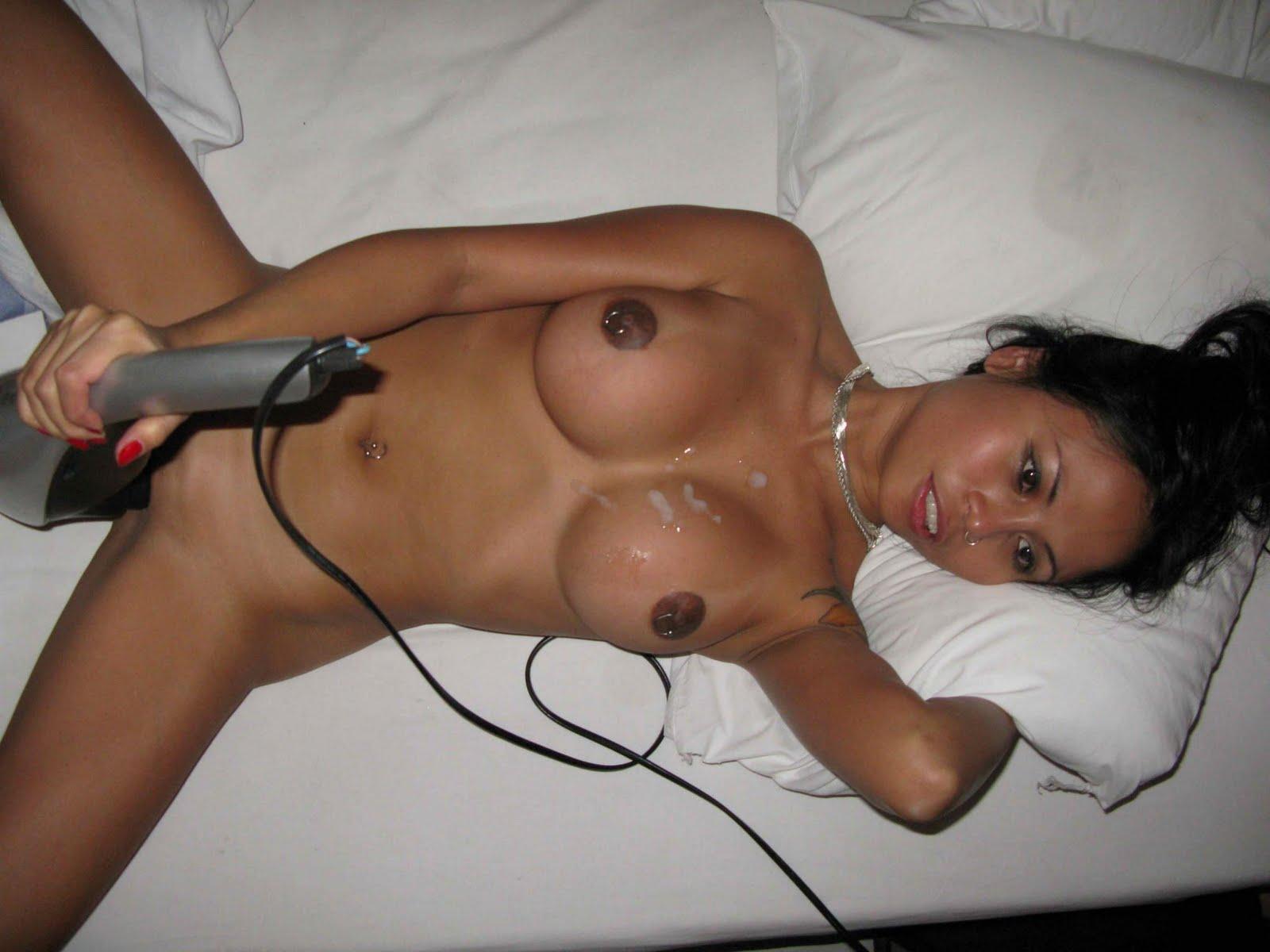 Jessica Alba Half Naked 101