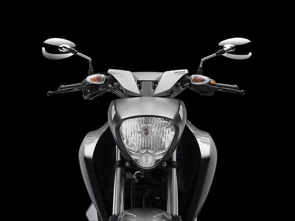 Suzuki Intruder 150 Headlight Image