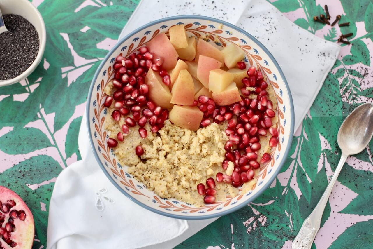 Polentabowl mit Mohnzum Frühstück