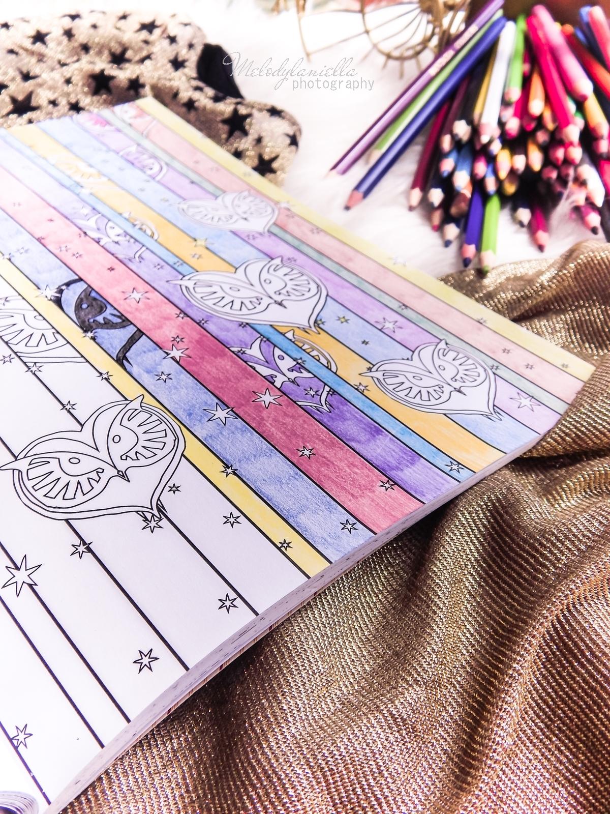 4 Konkurs ! Do wygrania 6 kolorowanek Fantastyczne zwierzęta i jak je znaleźć Magiczne zwierzęta kolorowanka oraz Magiczne miejsca i postacie kolorowanka. HarperCollins. Melodylaniella
