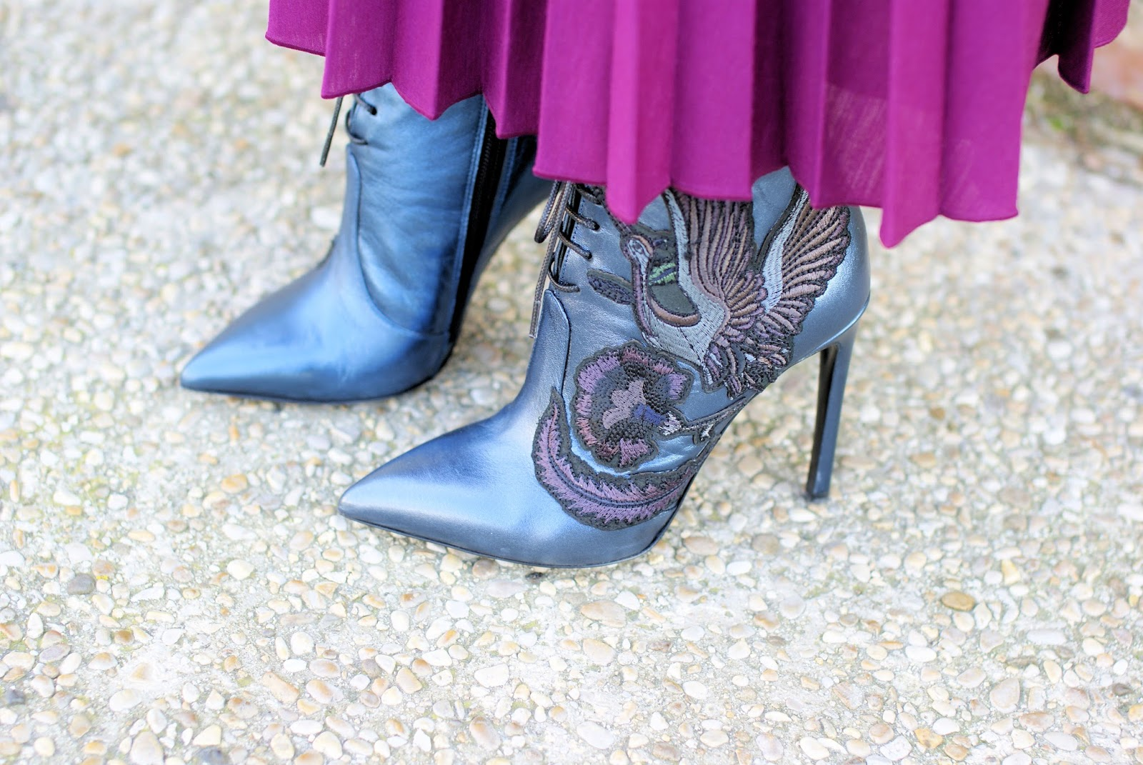 Giancarlo Paoli metallic ankle boots on Fashion and Cookies fashion blog, fashion blogger style