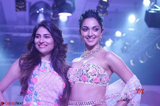 Kiara Advani walks the ramp showcasing the collection of label Papa Dont Preach by designer Shubhika during the Bombay Times Fashion Week 2018 ~ Exclusive 005