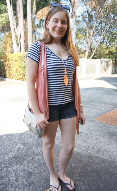 navy stripe tee, OneTeaspoon Hawks shorts, pink vest silver bag | Away From Blue