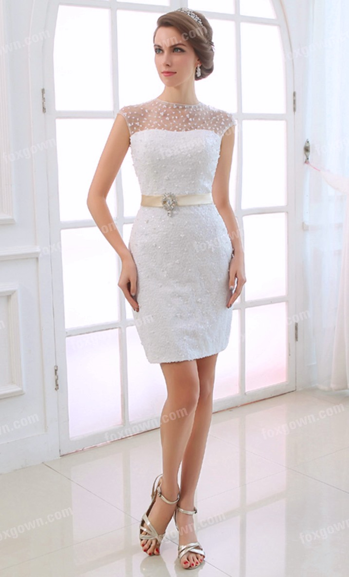 Get Feminine Look With Short Lace Wedding Dresses