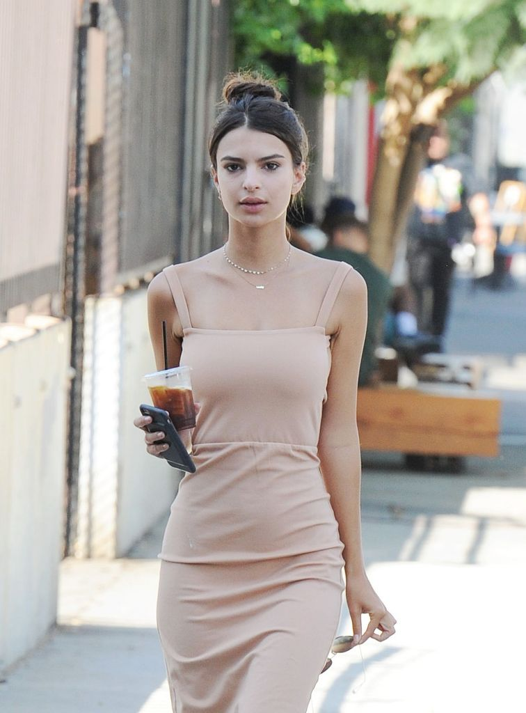 Emily Ratajkowski Style Out in Los Angeles