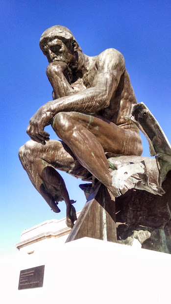 Cleveland Museum of Art Thinker Statue