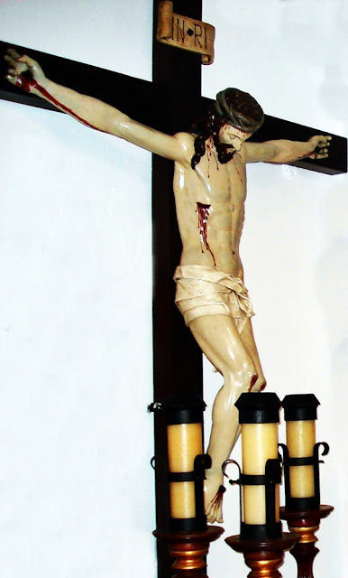 Santo Cristo del Desenclavo. Real cofradía de Minerva y Vera Cruz. León. Foto. G. Márquez.
