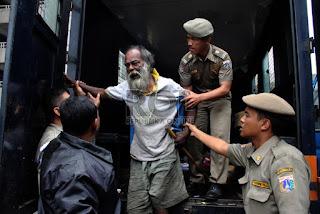 Sahabat Indonesia Berubah Tahukah anda, siapa sebenarnya Raja Pengemis   Jakarta ? foto: republika