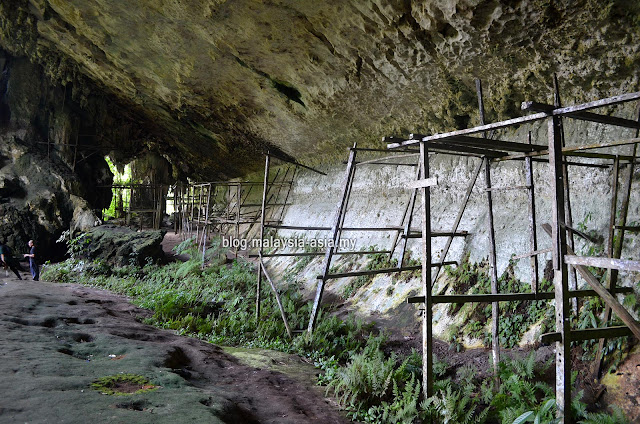 Niah Traders Cave