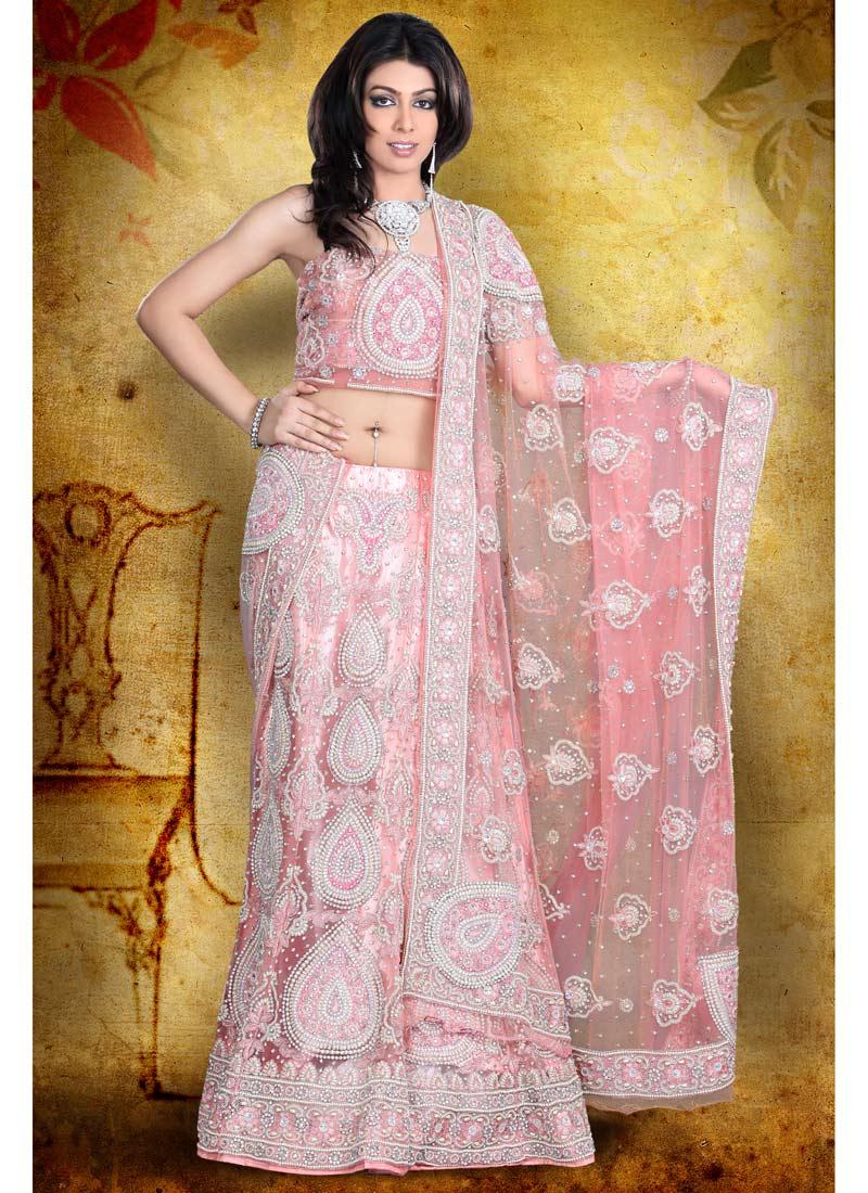 Pink Saree: Pakistani Dresses